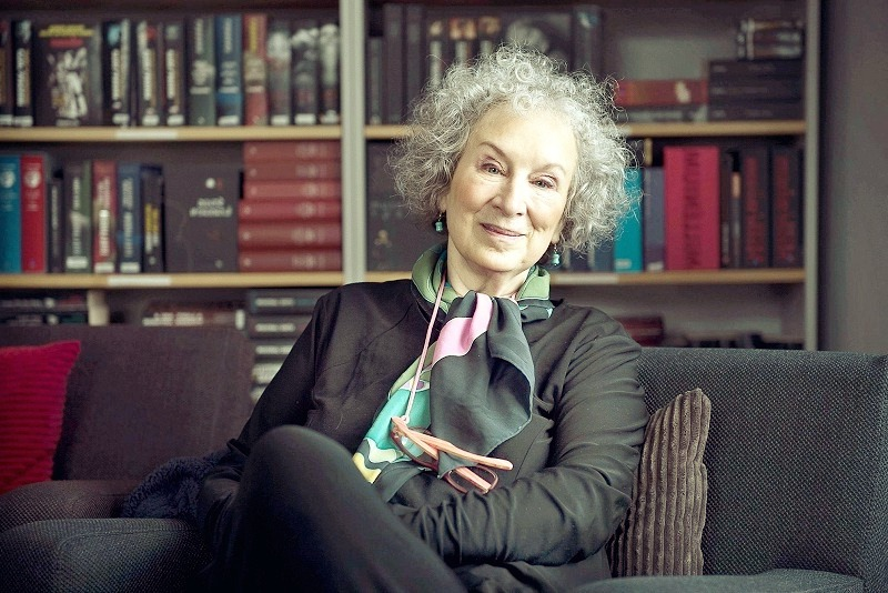 Margaret Atwood ( 18 November 1939 to date)